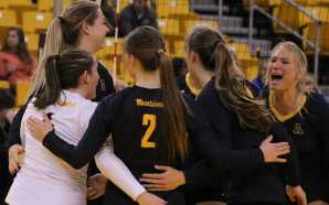 Volleyball finish 1-2 after hard fought weekend
