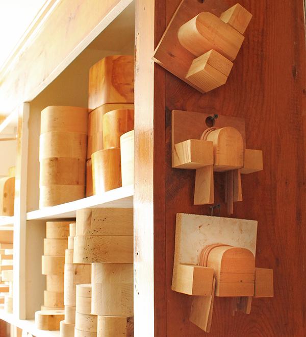molds-mini-cherry-handle-baskets