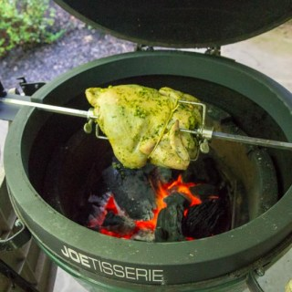 Big Green Egg Joetisserie