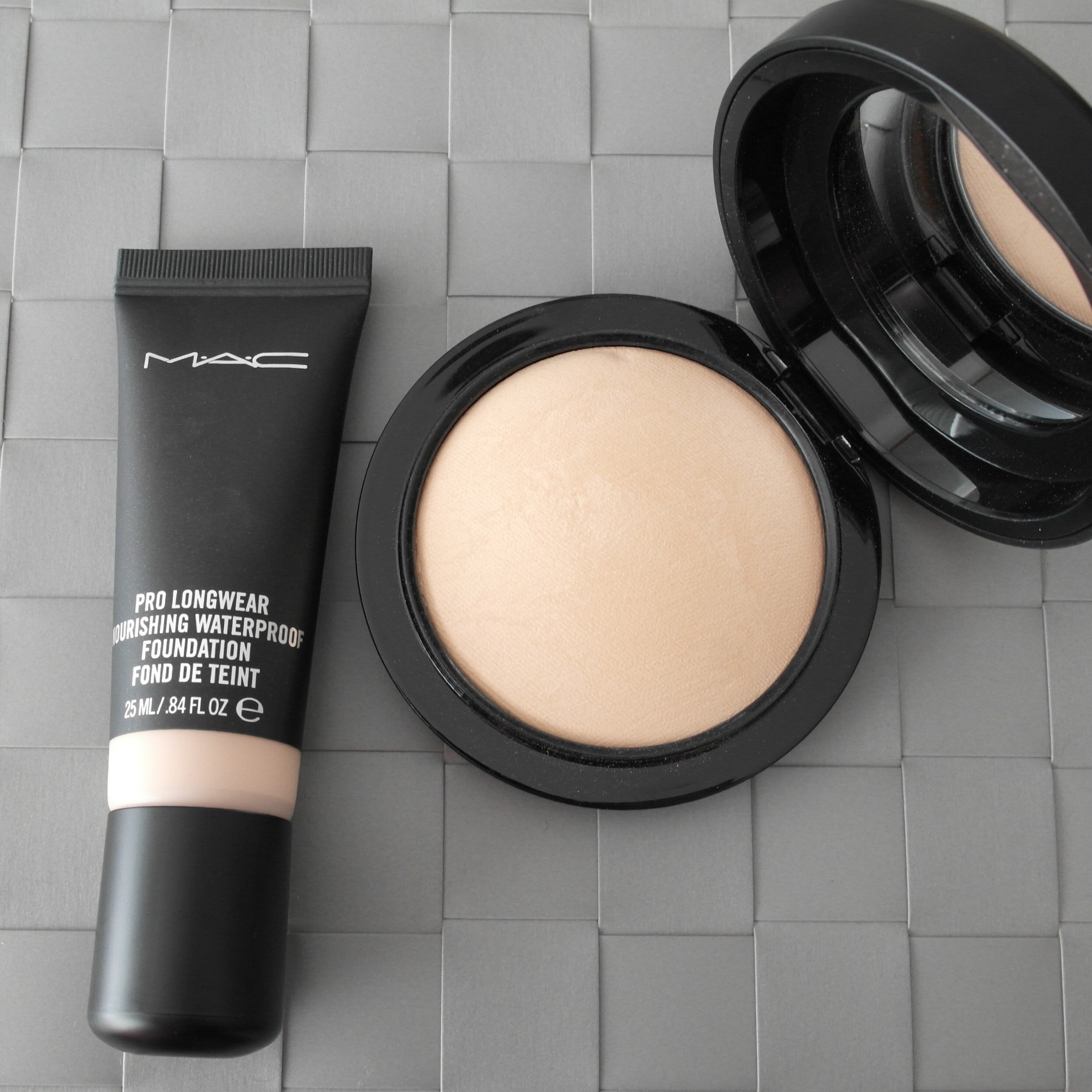MAC Pro Longwear Nourishing Waterproof Foundation & MAC Mineralize Skinfinish Natural