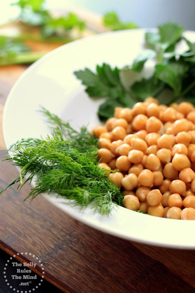 Falafel ingredients 02