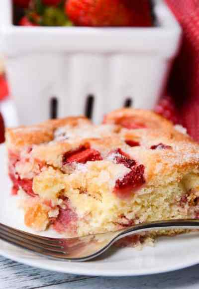 Easy French Strawberry Cake - The Best Blog Recipes