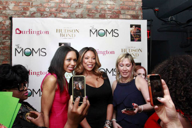 trying to take photo with Wendy williams