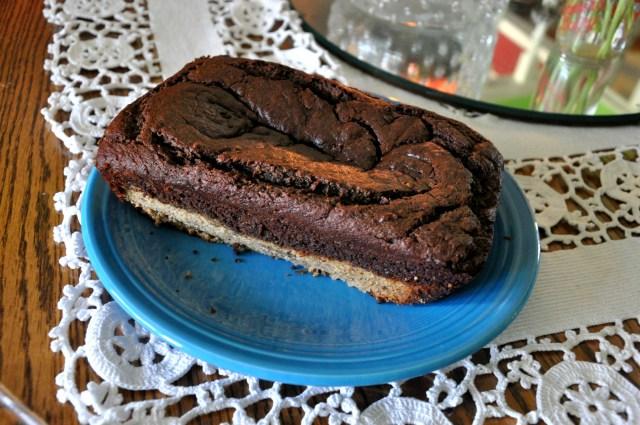WIAW Cinnamon Chocolate Swirl Banana Bread