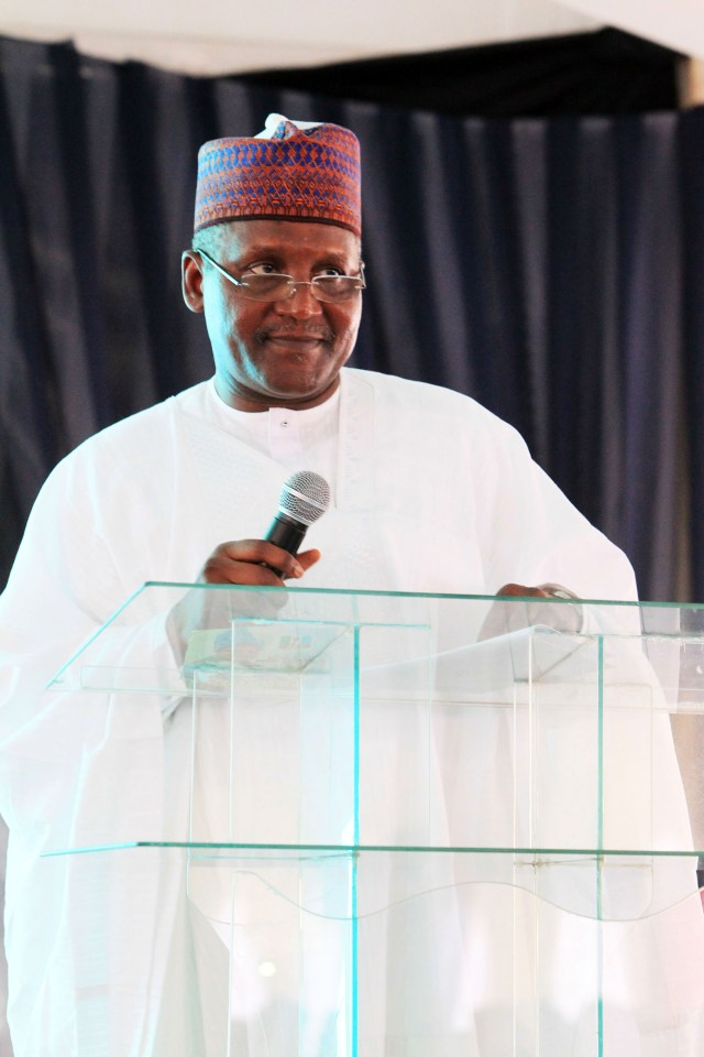 Aliko Dangote delivering his speech