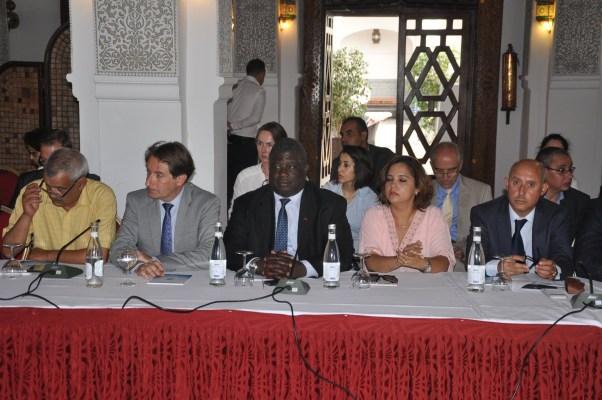 Mohamed Soual, économiste en chef de l'Office Chérifien des Phosphates, Joël Ruet, Président du Bridge Tank et Abdou Diop, membre du directoire de la Confédération Générale des Entreprises Marocaines