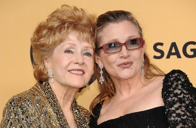 Debbie Reynolds Dies One Day after her Daughter