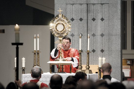 adoration monstrance