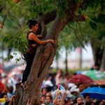 Pope urges Cuba's youths, consecrated people to love and hope