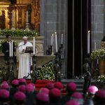 Pope Francis tells Mexican bishops be unified, speak out on tough issues