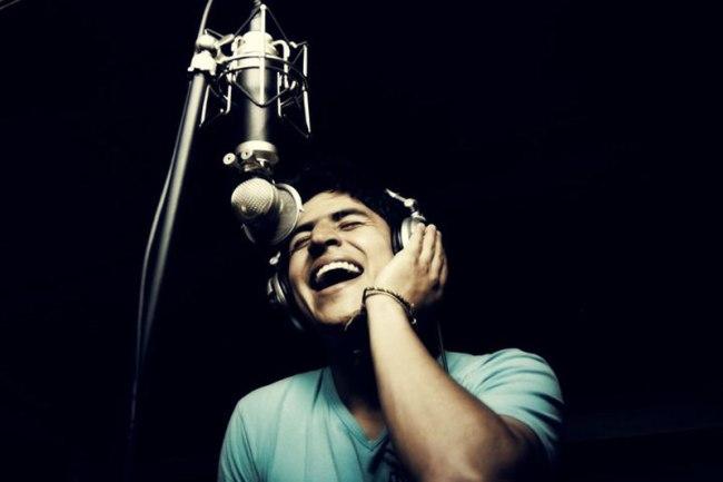 Singer and songwriter Christian Vélez.