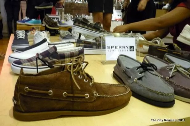 Sperry Top-Sider Brand - hours and store locations Map, Hours, Locations, Contacts Sperry Top-Sider brand name online shopping information - All Sperry Top-Sider store or outlet locations in USA - total of 51 stores and outlet stores in database.4/4(2).