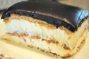 Easy Icebox Eclair Cake