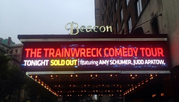 beacontheatre-comedy-marquee