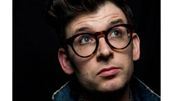 "Comedy Central orders Moshe Kasher's ""Problematic"" to series for 2017"