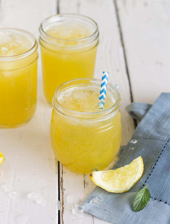 Ready for a twist on the original? This refreshing Hawaiian lemonade is simple to whip up. Serve it for something special, or for a warm evening at home.