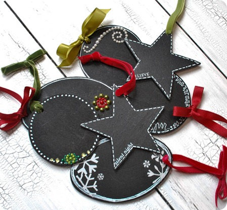 Red-and-Green-Ornaments2_thumb[9]