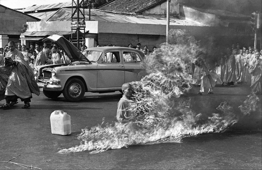 El monje ardiendo, Fotografía tomada por Malcom Browne (1963)