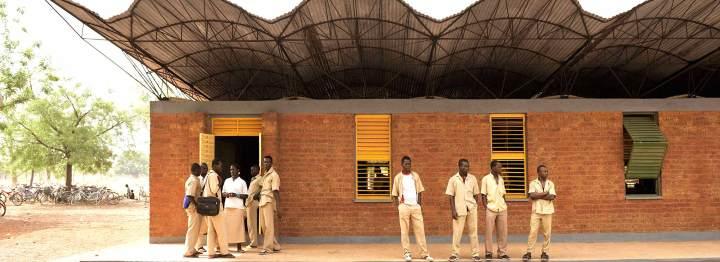 Escuela en Gando, Burkina Faso. 2001. Francis Keré