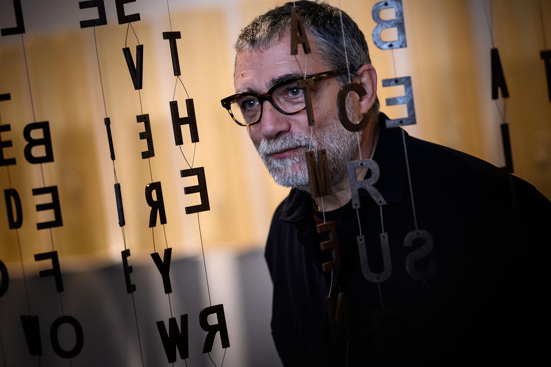 Jaume Plensa en el MACBA. Foto: Miquel Coll.