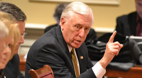 Hoyer: Wind farm should wait for Navy's study