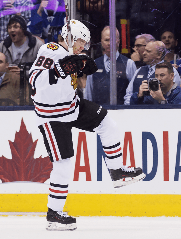 Patrick Kane celebrates National Hat Day with special hat trick (Video)