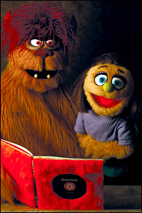 "Avenue Q's Kate and Trekkie Monster ""Get Caught Reading"" for May Campaign"