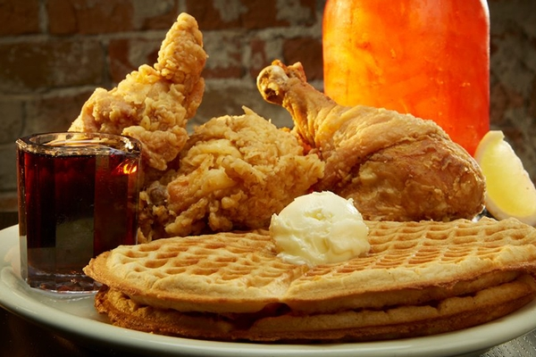Chicken Month Road Trip: Lo-Lo's Chicken & Waffles - Phoenix, Arizona