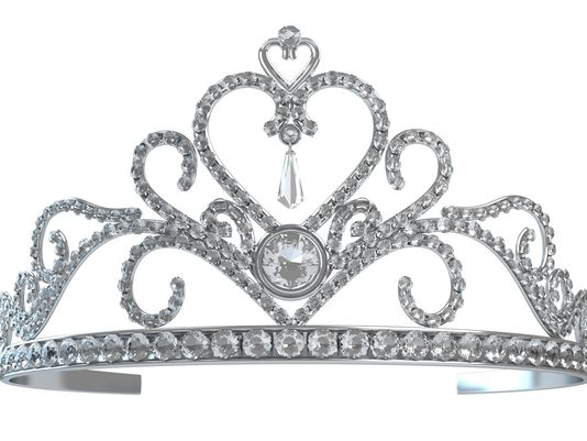 Tiaras, queens, fun highlight Fort Myers workshop