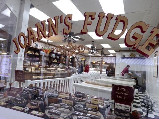 Oh, fudge! Mackinac Island celebrates its specialty