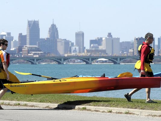 Howes: Paddling back at Belle Isle, goes bigger in MI