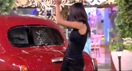 BIGG BOSS DAY 99: Housemates entertain Sunny Leone; Rochelle voted the hottest ...