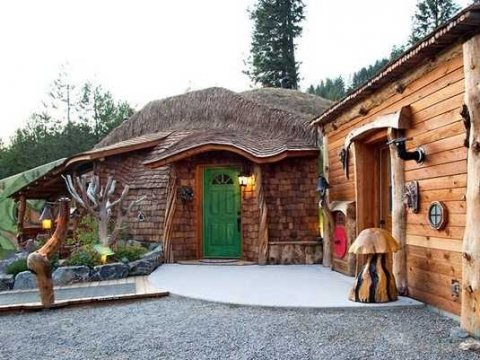 There's No Better Place To Spend 'Hobbit Day' Than At Montana's Hobbit Hotel