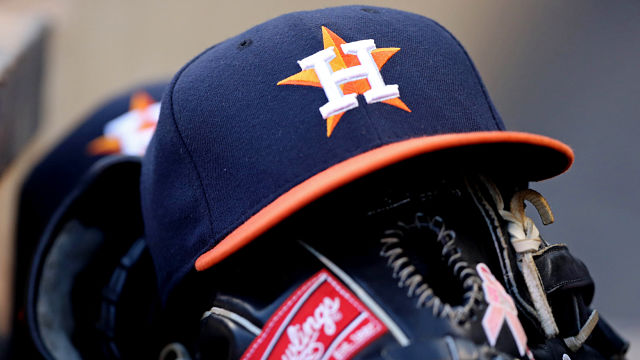 National Hat Day: Astros, Brewers Among Some Of MLB's Best Hats (Photos)