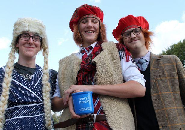 Princethorpe College students eat porridge to help impoverished children