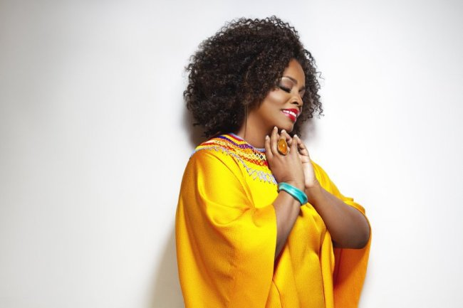 Jazz-singing great Dianne Reeves makes her Memphis debut