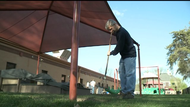 Volunteers help with youth center on Join Hands Day