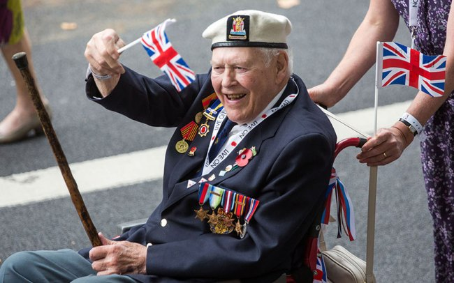 Watch highlights: VJ Day 70th anniversary commemorations