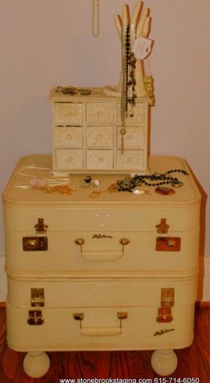 DSC 9393 Vintage Luggage