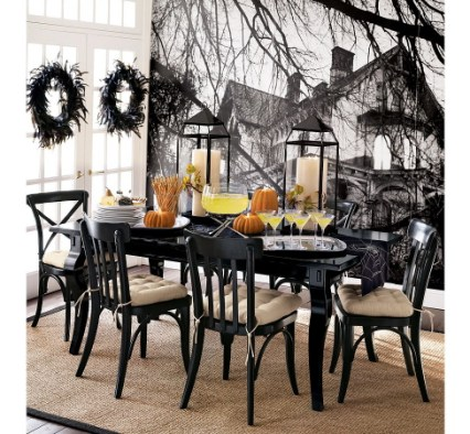 dining room spooky wall mural Halloween, Martha Style