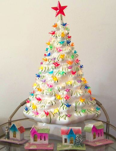 Vintage Ceramic Christmas Tree via flickr Ceramic Christmas Trees