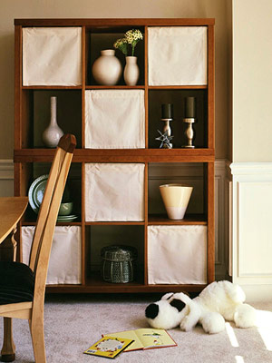 bookcase shades via bhg Organizing with Shelves and Bookcases