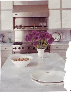 kitchen countertops via apartmenttherapy Edit and Declutter Your Kitchen