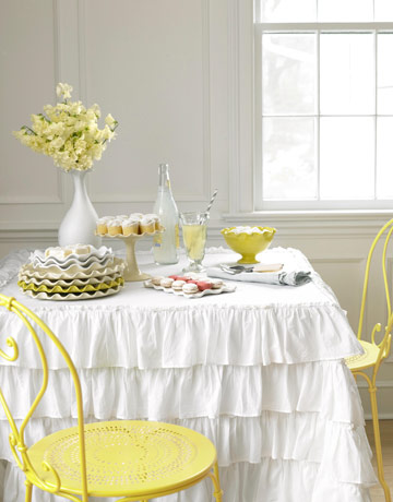 tiered tablecloth by pompominteriors Ruffles