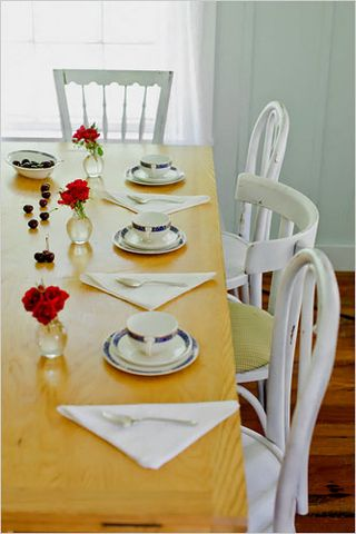 mismatched chairs via dailywd womansday Mismatched Dining Chairs