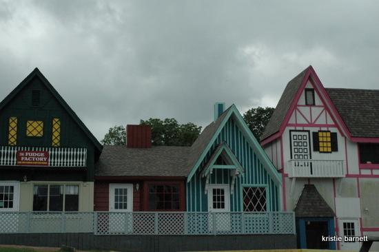 DSC 4234 Ghost Town:  Cave City, Kentucky