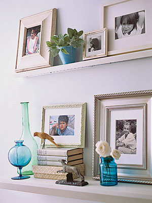 photos on a ledge via lhj Ideas for Displaying Photos
