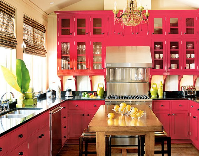 pink kitchen via livebreathedecor Pink + Turquoise = Its a Festivus Miracle!