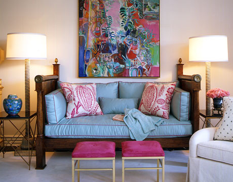 turquoise sofa pink living room by joe nye via flickr Pink + Turquoise = Its a Festivus Miracle!