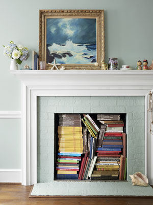 books in fireplace lynn anne bruns via cl This Isnt A Book Burning   Its Artistic Display!